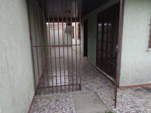 casa-em-curitiba-no-bairro-cidade-industrial-10